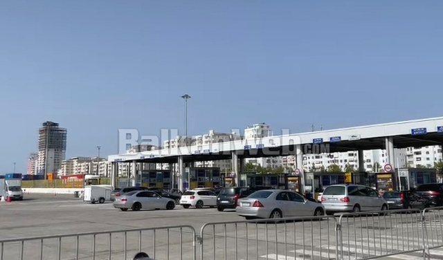 Fluks në portin e Durrësit, vetëm për dy ditë hynë