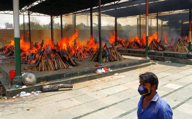 Kriza në Indi/ Nuk ka më mjaftueshëm vend për të djegur