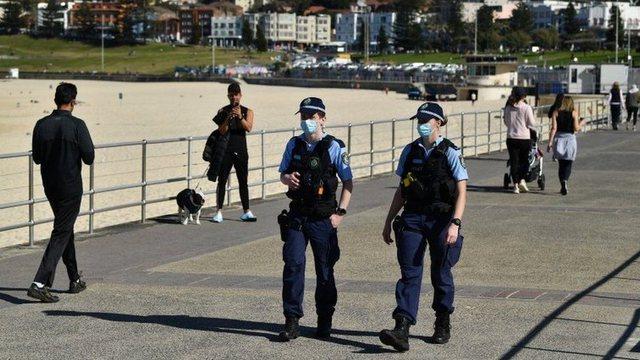 Vazhdon karantina në Australi / Përhapet zemërimi në