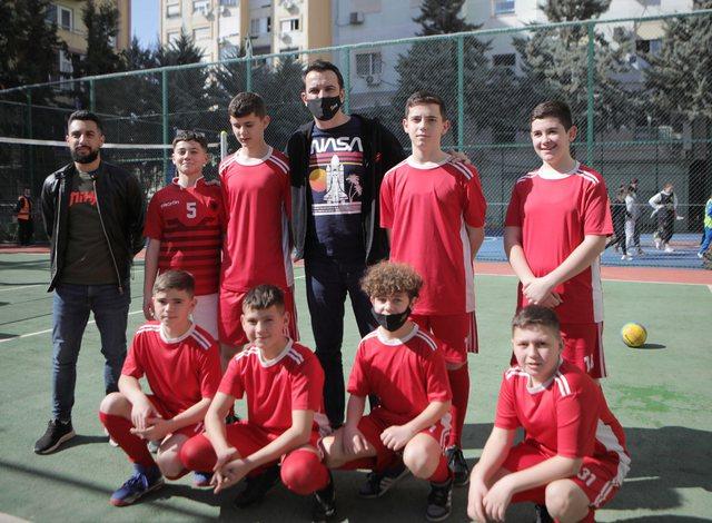 Kryetari Veliaj inspektoi ambjentet e reja sportive në Laprakë: Nga