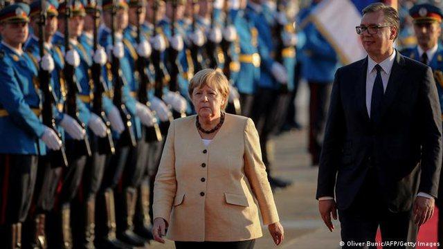 DW: Merkel po largohet pa i zgjidhur disa probleme