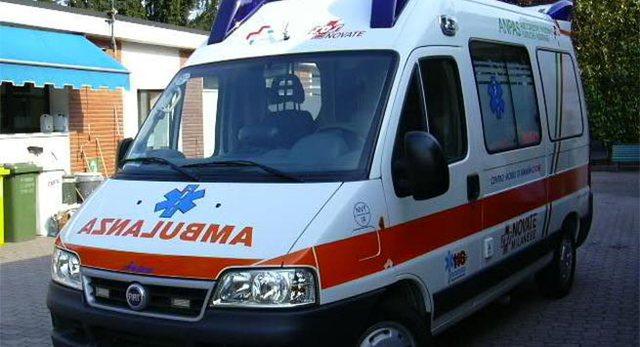 Aksident me pasojë vdekje në Tiranë, automjeti përplas
