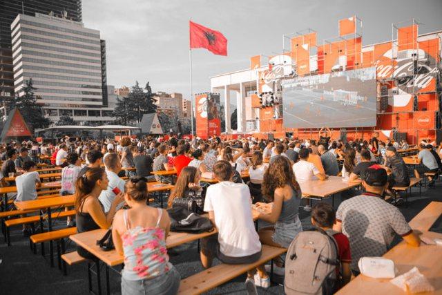 Nga reklamat, te pijet e televizorët, shpenzimet e shqiptarëve