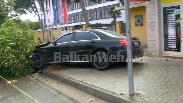 Detaje tragjike nga aksidenti në Tiranë, kalimtarja e plagosur