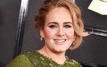 Pas ndarjes, Adele hoqi dorë nga lotët dhe filloi të djersi...