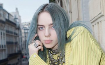 Billie Eilish flet për ditën që mendoi vetëvrasjen