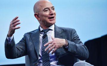 Jeff Bezos u bë goxha më i pasur për punë minutash