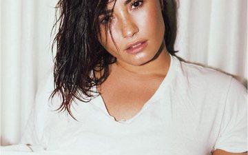 Demi Lovato flet për shkaqet që e çuan në mbidozë