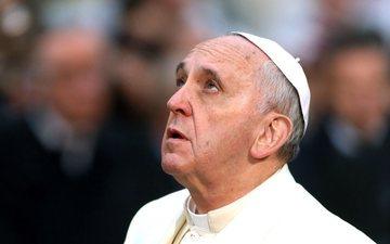 Papa ju lutet, ju përgjërohet të hiqni dorë nga Instagrami