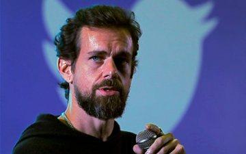 CEO i Twitter dhuron çerekun e pasurisë për të luftuar