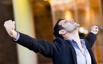 8 zakone njerëzish të suksesshëm