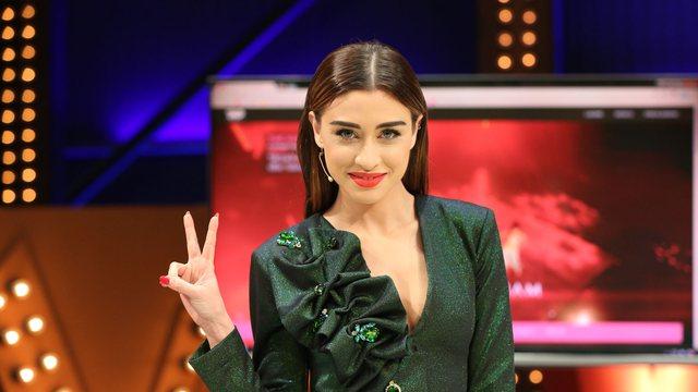 Dojna Mema gati për 'The Voice Kids': 'Prisni të