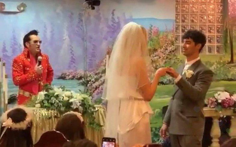 Arsyeja pse Sophie Turner dhe Joe Jonas u martuan papritur