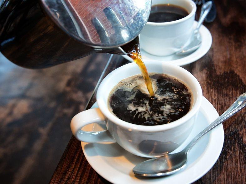 Nëse keni probleme me gjumin, dijeni se fajin s'jua ka kafeja, por