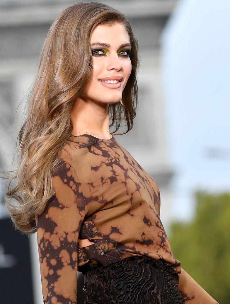 Modelja transgjinore e Victoria's Secret flet për herë të