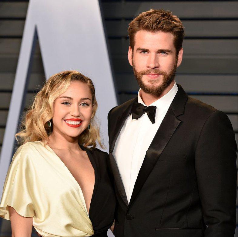 Liam  Hemsworth thyen publikisht heshtjen: 'S'i uroj asgjë