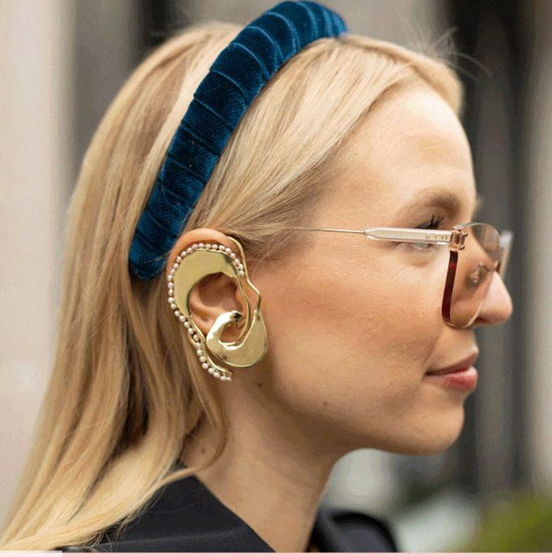 Introduce you to the most famous accessory of the moment!