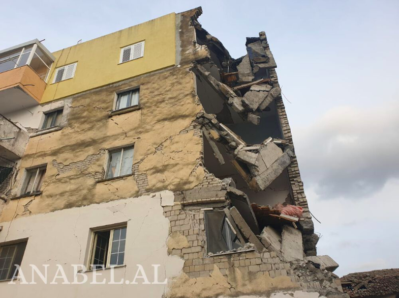 Tërmeti: Pse disa shtëpi u shembën e disa jo? Shpjegon