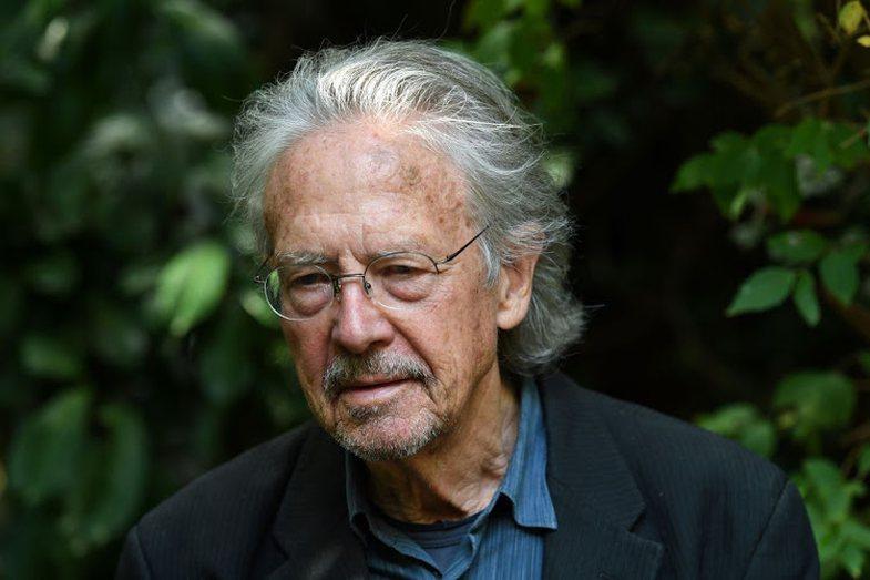 Çmimi Nobel në Letërsi: Japin dorëheqjen dy