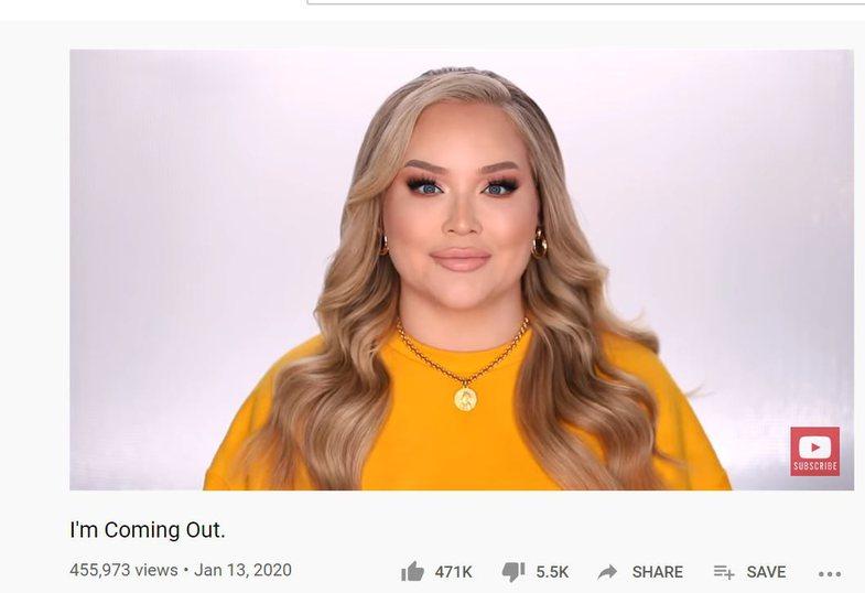 Krejt papritur, YouTuber-ja e famshme zbulon se është transgjinore!