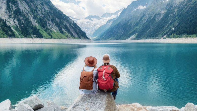 7 ide dhuratash të lira që mund t'i bëni partnerit për
