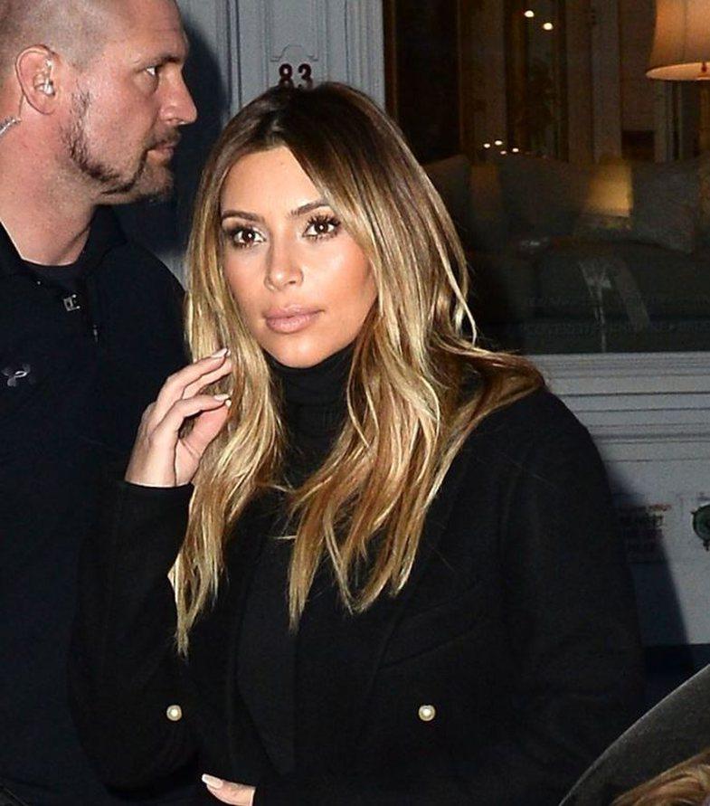 Kur të shihni flokët e rinj të Kim-it, do të doni të