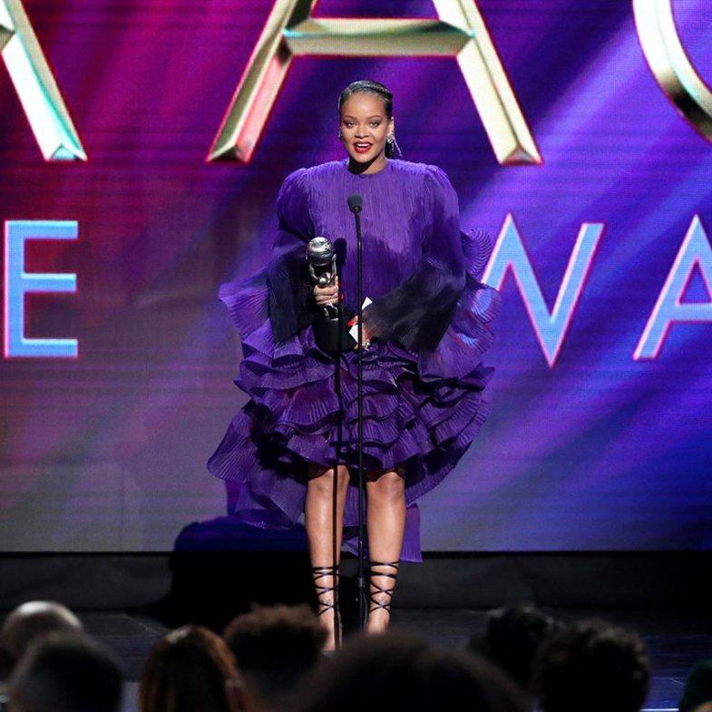 Fjalimi emocionues i Rihanna-s: 'S'kam fjalë për ta