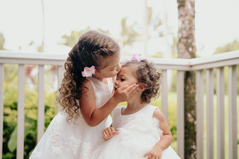 Fëmijët janë njësoj, por ja pse fëmija i parë