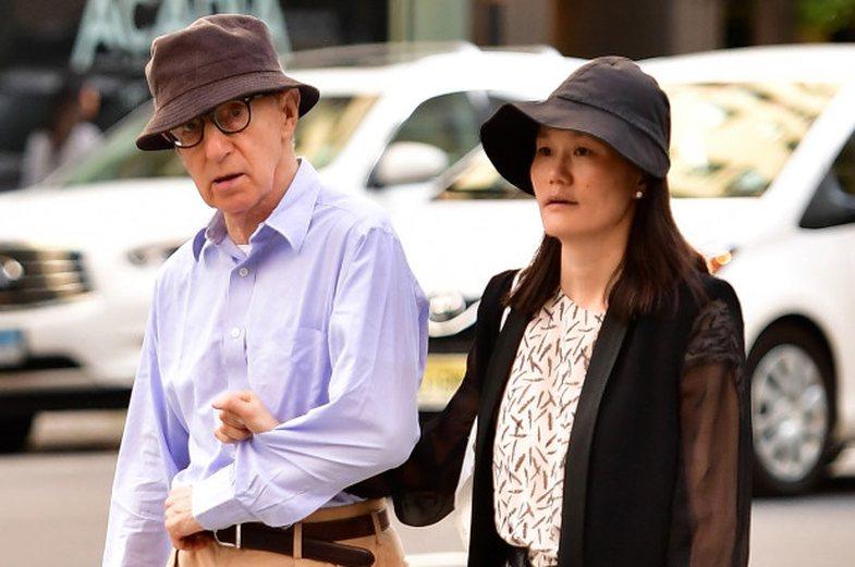 Woody Allen, regjisori që u martua me thjeshtrën: 'Ishte