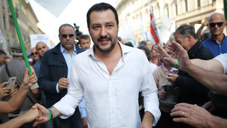 Dashuria e papritur e Matteo Salvini-t për Shqipërinë