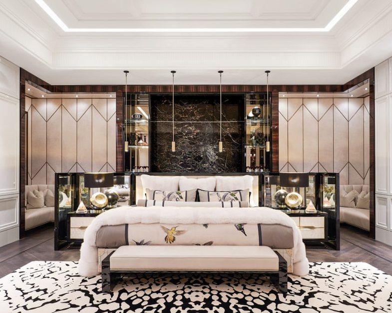 Brenda rezidencës luksoze të Drake