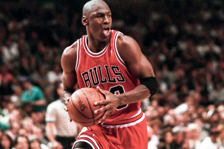 Michael Jordan i ofruan $100 milionë dollarë për t'u