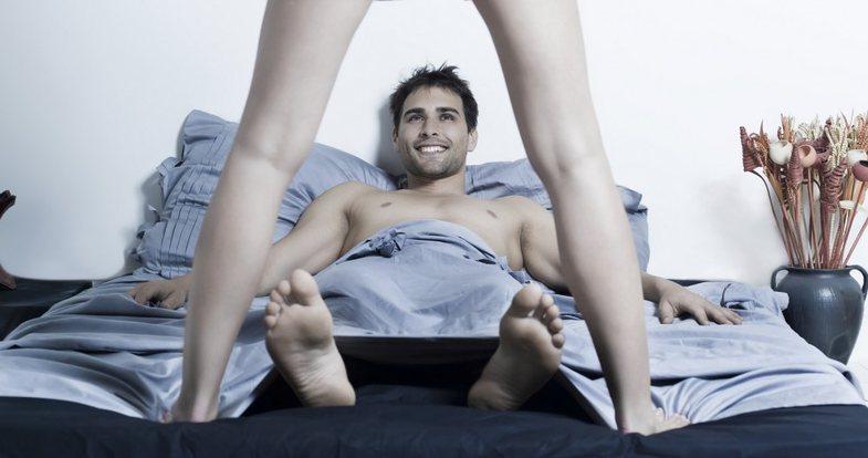 Mendimet më të shpeshta të burrave para seksit