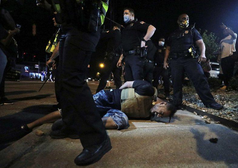 Amerika në kaos: Protestat e ashpra, sjellë përmes fotove