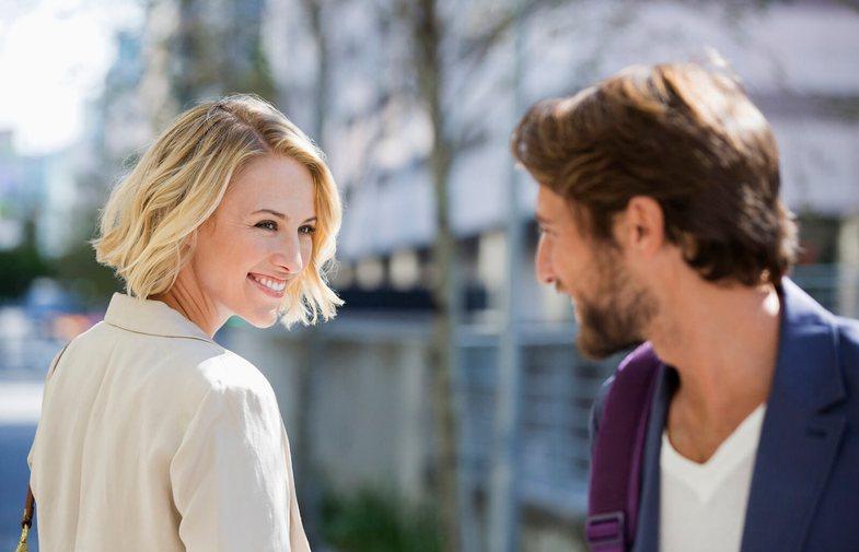Si flirtoni, sipas shenjës së horoskopit