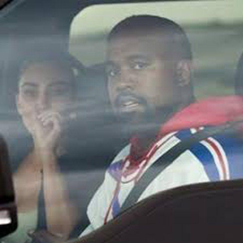 Vazhdon drama në familjen Kardashian-West: Kim shpërthen në lot