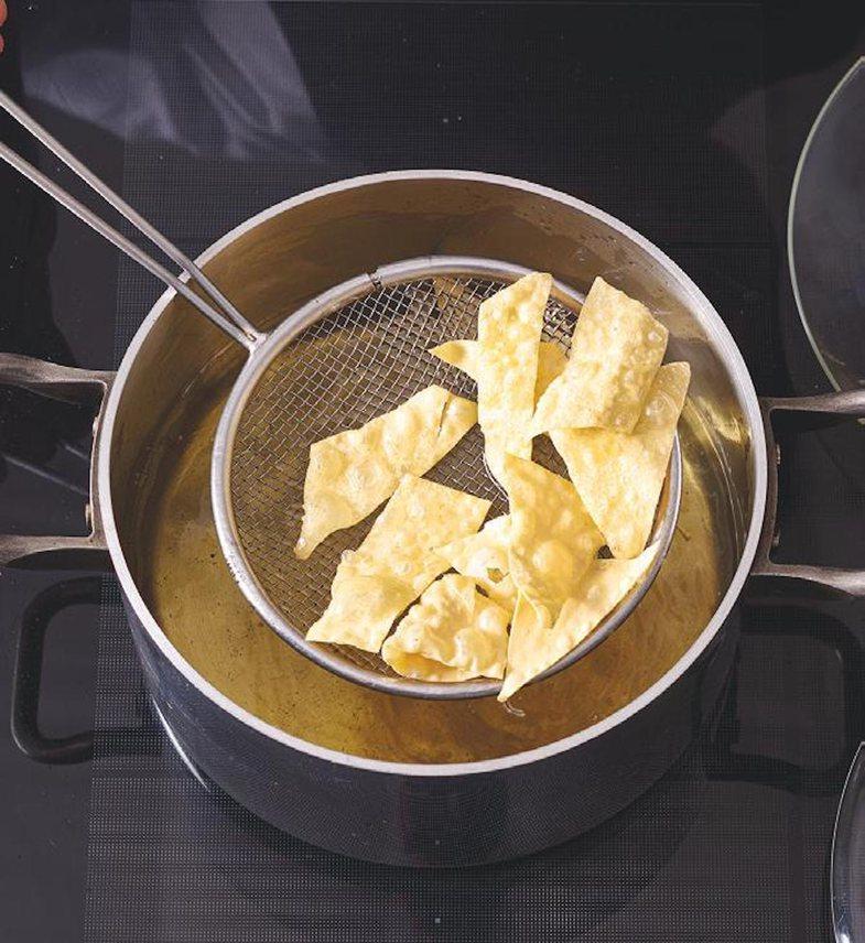 Ngjajnë si patate, por këto makarona të skuqura duhen provuar