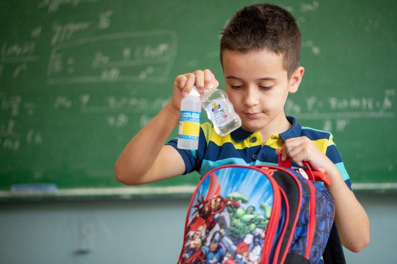 Pasiguria nga Covid-19 në shkolla: Çfarë s'duhet të