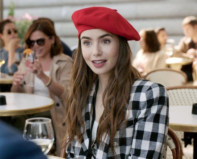 Pasi të zbuloni moshën e Emily nga 'Emily in Paris',