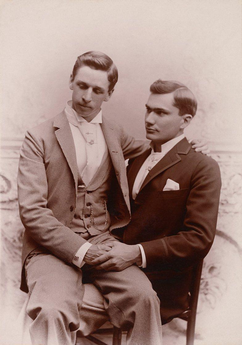 Publikime të fotove të vjetra (1800-1900): Burrat gay që guxuan
