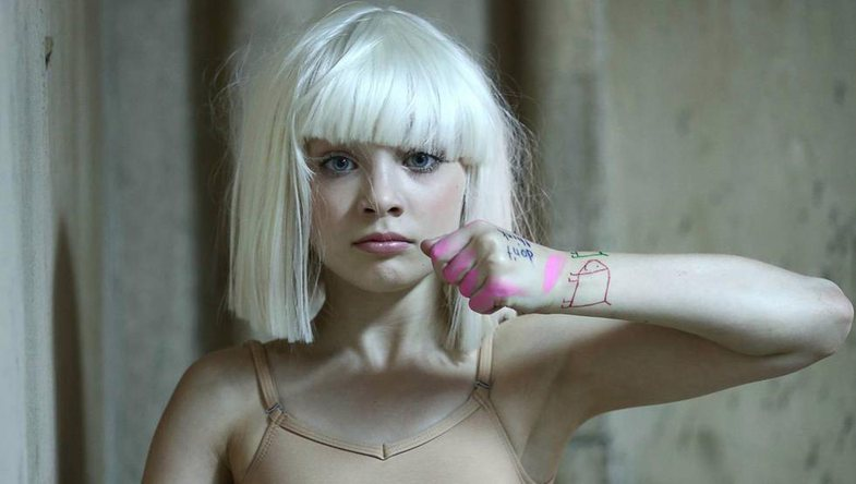 Filmi i Sia-s kritikohet për portretizimin e autizmit: Këngëtarja