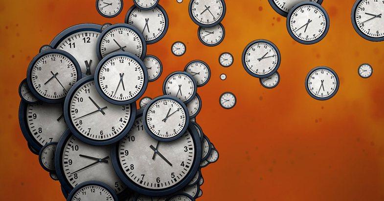 Ndjenja e kohës dhe misteri mes të tashmes dhe të shkuarës