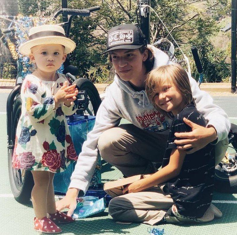 3 fëmijë me 3 partnerë të ndryshëm: Si është