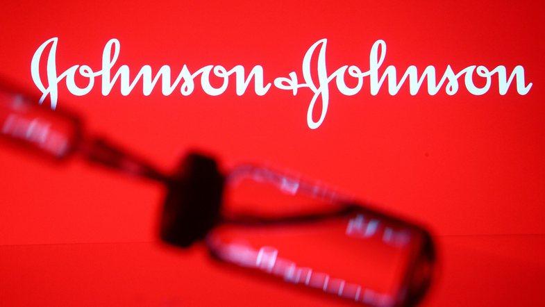 FDA aprovon Janssen Covid-19: Avantazhet e kësaj vaksine