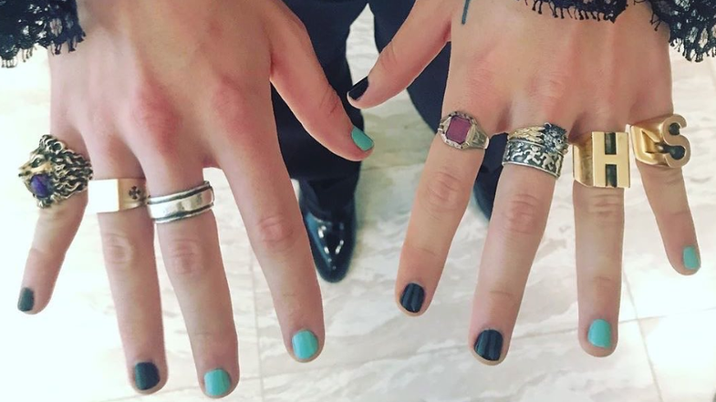 Not sure how to make nails this time? Get some inspiration from Harry Styles