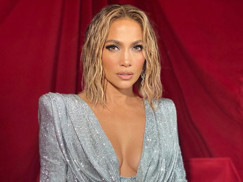 This photo of Jennifer Lopez in a bikini is the motivation you need for the