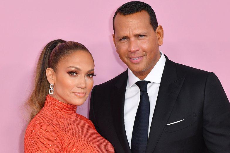Jennifer Lopez dhe Alex Rodriguez janë zyrtarisht të ndarë: