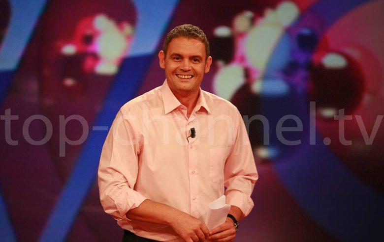 Alban Dudushi reagon pas lajmeve për mbylljen e programeve në Top Channel: Jam në shtëpinë time!