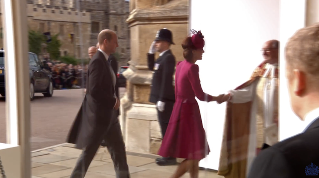 At the wedding of the princess, Kate and Meghan choose