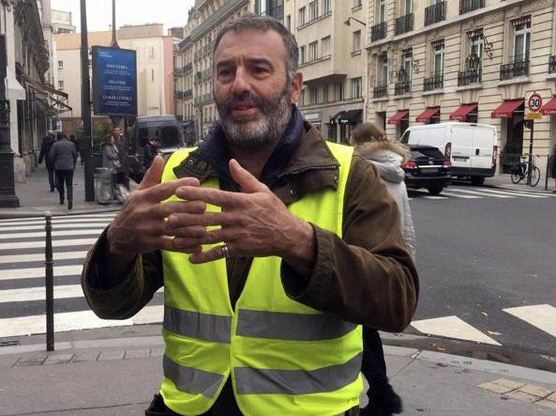 Jelekët e verdhë italianë manifestojnë në Romë